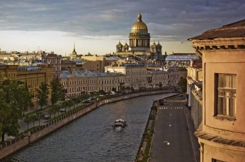 Возведение Санкт Петербурга и проклятие чухонских волхвов