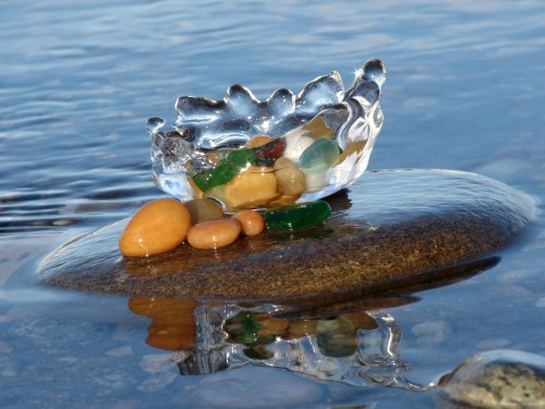 Камень и вода  помощники всегда